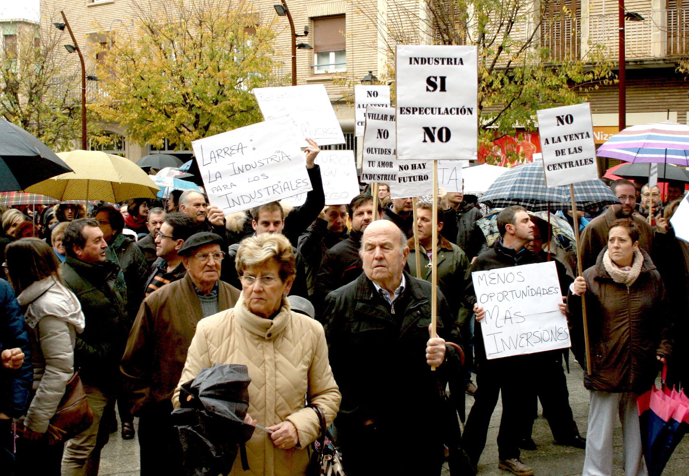 Manifestación contra la venta de las centrales